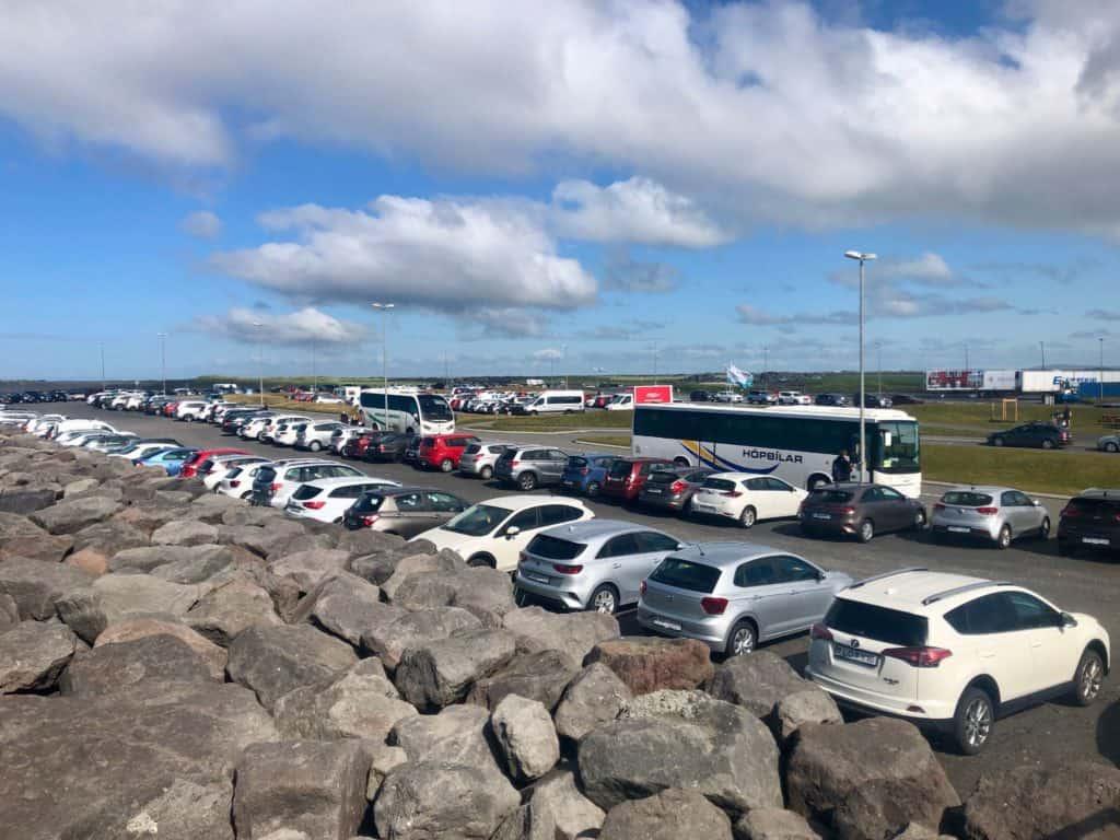 Przystanek autobusowy przy przystanie promowej w Landeyjahöfn