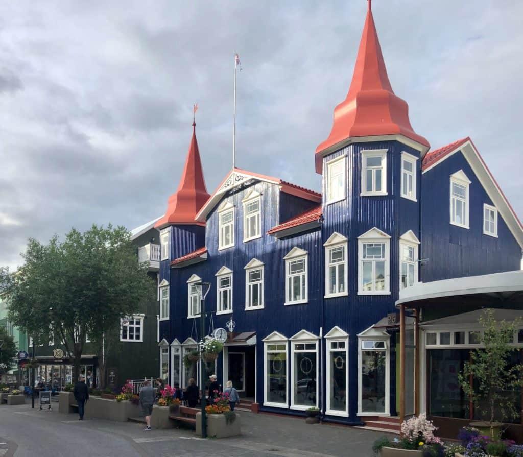 Główna ulica w Akureyri.