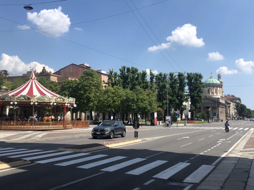 Główna ulica w Bergamo, która zaprowadzi Was do zabytkowej części miasta Città Alta.